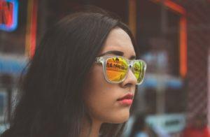 אישה ברחוב