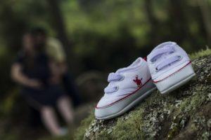 נעליים על אבן